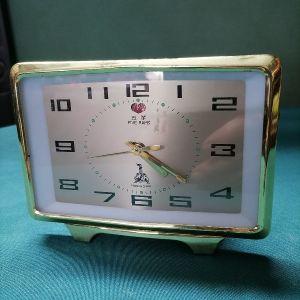 Ρολόι επιτραπεζιο