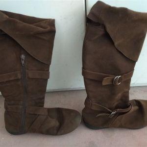 Γυναικείες μπότες Νο 37