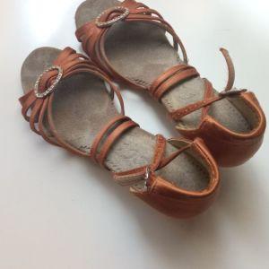 Παιδικά παπούτσια λάτιν No 32