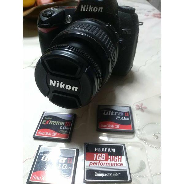 Nikon D70s epangelmatiki fot/ki michani