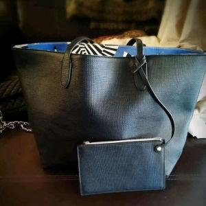 Estee Lauder τσάντα