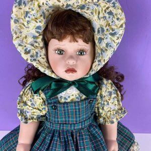 Πανέμορφη γερμανική πορσελάνινη κούκλα βιτρίνας