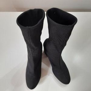 Μπότες μαύρες Bershka Νο 39.