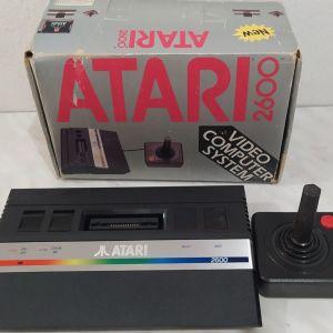 Atari 2600 στο κουτι του. Πληρως λειτουργικο
