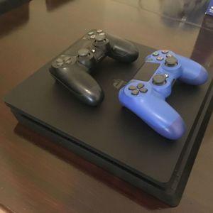 PlayStation 4 Slim 1TB + 2 DualShock + FIFA 18
