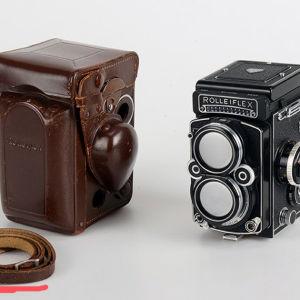 ROLLEIFLEX 2,8F  + CARL ZEISS PLANAR 2.8 f=80mm