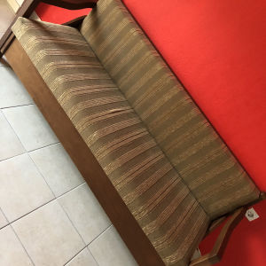 πωλείται καναπές κρεβάτι με αποθηκευτικό χωρο (συζητήσιμη)