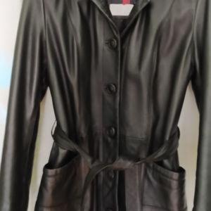 Ευρωπαικο δερμάτινο γυναικείο σακάκι μαυρο.