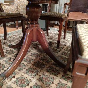 Τραπέζι ροτοντα, με μηχανισμό στο κέντρο για προέκταση  και 6 καρέκλες 180 ευρώ!
