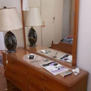Συρταριέρα-τουαλέτα περιποίησης vintage