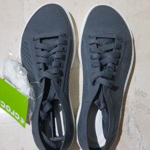 Παπούτσια crocs
