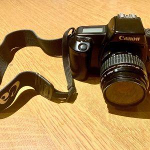 Αναλογικά φωτογραφικά- Κάμερα, φακοί, φλας, τσάντα μεταφοράς όλα μαζί 150€