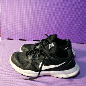 Nike αθλητικά