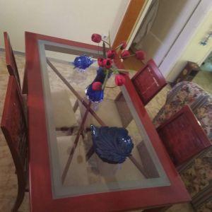 Τραπεζαρία ξύλινη χειροποίητη με 6 καρέκλες.