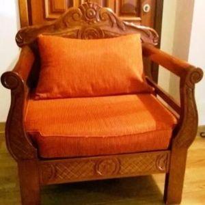 Πολυθρόνα και διθέσιος καναπές