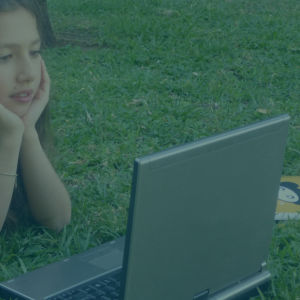 baby siter & διάβασμα στα παιδιά  κα 55 χρόνων με εμπειρία στα μαθήματα σχολείου