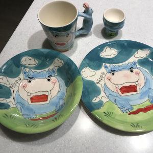 SET παιδικό φαγητού, πιάτο, κούπα,μπόλ, αυγοθήκη Happy Hippo