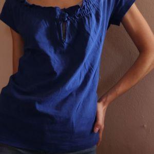 Γυναικεία μπλε κοντομάνικη μπλούζα