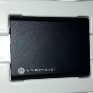 ΕΞΩΤΕΡΙΚΟΣ ΣΚΛΗΡΟΣ ΔΙΣΚΟΣ SSD SAMSUNG T5 ΧΩΡΗΤΙΚΟΤΗΤΑΣ 2ΤΒ ΑΓΟΡΑΣΤΗΚΕ 230 ΕΥΡΩ ΚΑΙ ΠΩΛΕΙΤΑΙ ΠΛΕΟΝ 170 ΕΙΝΑΙ ΟΛΟΚΑΙΝΟΥΡΙΟΣ