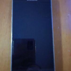Πωλειται κινητό  Samsung galaxy J5