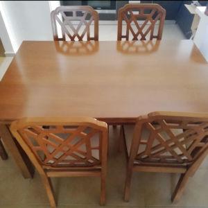 Ευκαιρία! Τραπεζαρία ξύλινη μασίφ, επεκτεινόμενη, με 6 καρέκλες