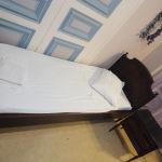 κρεβάτια καθρέφτη τουαλέτα κομοδίνα κλασσικό