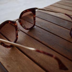 Prada Sunglasses (Tartarooga) Like Brand New / Γυαλιά Ηλίου Prada (Ταρταρούγα)