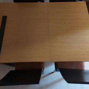 Τραπεζαρία (με δυνατότητα επέκτασης) και 4 καρέκλες