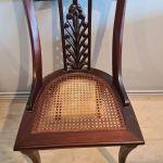 Στρόγγυλο τραπέζι 120cm διάμετρος με επέκταση 60cm και 6 καρέκλες