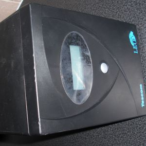 UPS - TESCOM LEO 2000A LCD