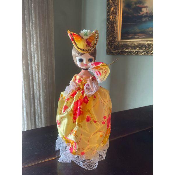 Vintage Bradley Doll koukla