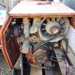 κινητήρας μάρκας vm140hp εξακύλινδρος