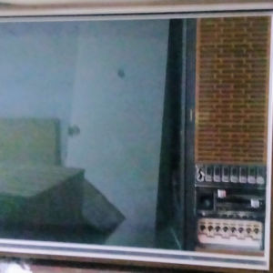 grundig television antique 220v-50hz