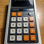 Υπολογιστής Vintage Retro 1973 Sanyo Sacom Mini Model 'CX-8003A'.