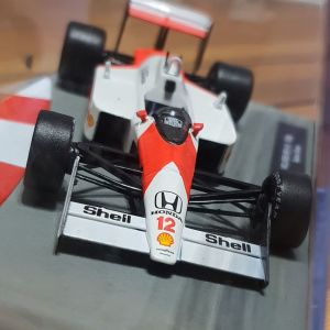 MCLAREN MP4/4 1988' Ayrton Senna 1:43