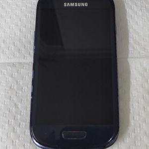 SAMSUNG s3 mini 8Gb