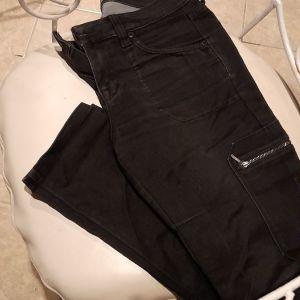 Παντελονι μαυρο ελαστικο sarah small medium  στενη γραμμη