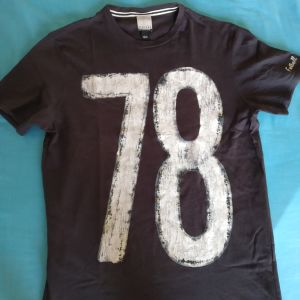 T-shirt small Bershka
