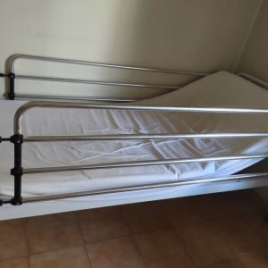 Νοσοκομειακό κρεβάτι με ηλεκτρικό αερόστρωμα