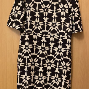 Φόρεμα ασπρόμαυρο BSB medium