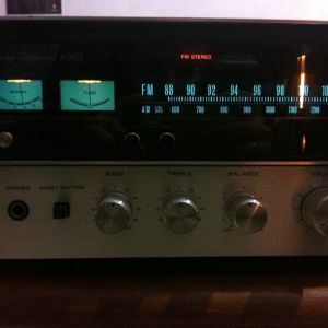 Vintage receiver Sansui-6060