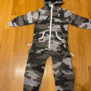 Παιδική Φόρμα Onepiece 4-5 ετών (110cm) - Καμουφλάζ