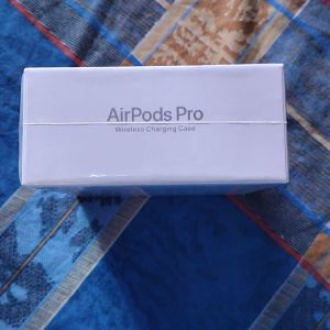 Air Pods Pro Wireless Charging Case