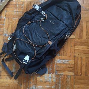 Ορειβατικό σακίδιο Quechua 30L
