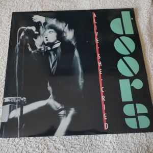 DOORS-ALIVE SHE CRIED