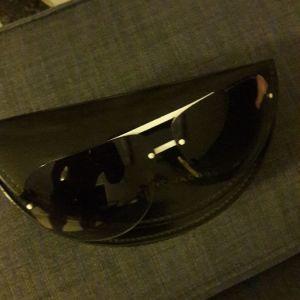 αυθεντικα γυαλια ηλίου Marc Jacob σε αριστη κατάσταση,σχεδον αχρησιμοποίητα.
