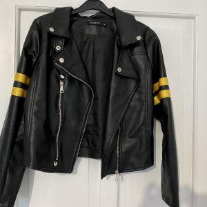 Δερμάτινο μπουφάν- faux leather jacket