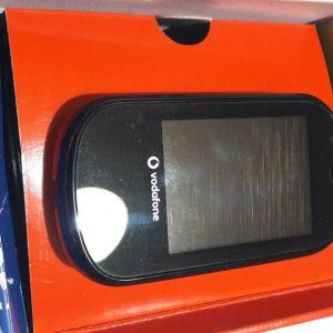 Alcatel Vodafone 541 mini smartphone