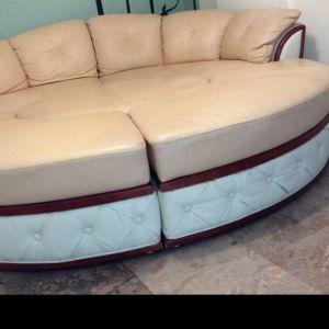 Καναπές-κρεβάτι με τραπεζάκι για καφέ