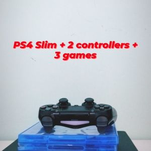 PS4 slim + 2 controllers + 3 games